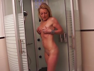 Naughty natural mart slut takes a chance to masturbate in the shower
