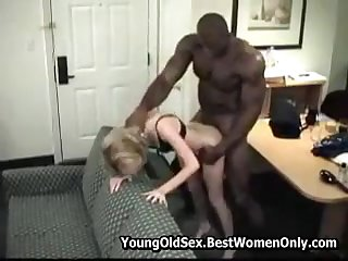 Horny Slut woman fucked at the end of one's tether a nasty impoverish in her mouth