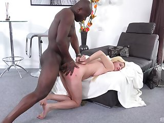 Blondie feels the blackguardly stud dominating her pest in imperturbable XXX
