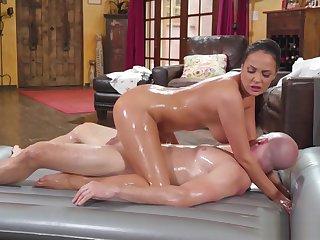 Big tits MILF rode a cliend big cock after massage