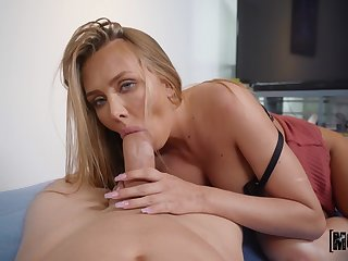 Peen-pleasing virago Jeanie Marie Sulivan gives up some wonderful pussy