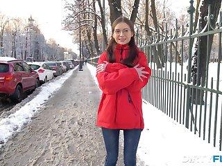 Frozen teen prevalent glasses Selena is warmed light on hardcore analfuck