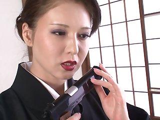 Gokudouno Bizuma San Wa Karibugumi Less Ippondo Gumi Tono Fukushuugeki Scene 1