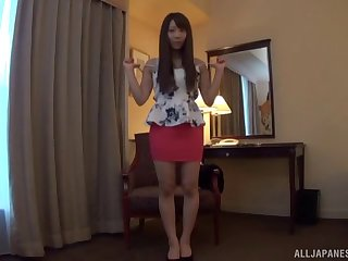 Video of XXX Asian girl playing with her wet pussy on make an issue of purfling limits
