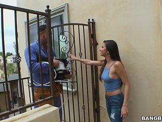 Repair man gets his dick pleasured by naughty housewife Nina North
