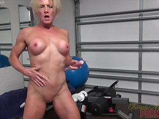 Full-grown Mandy Foxxx Moans With Her Vibrator Pussy Making out