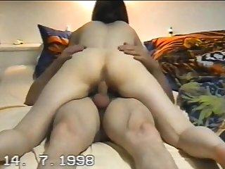Amateur Latina Milf Masturbates on Cam